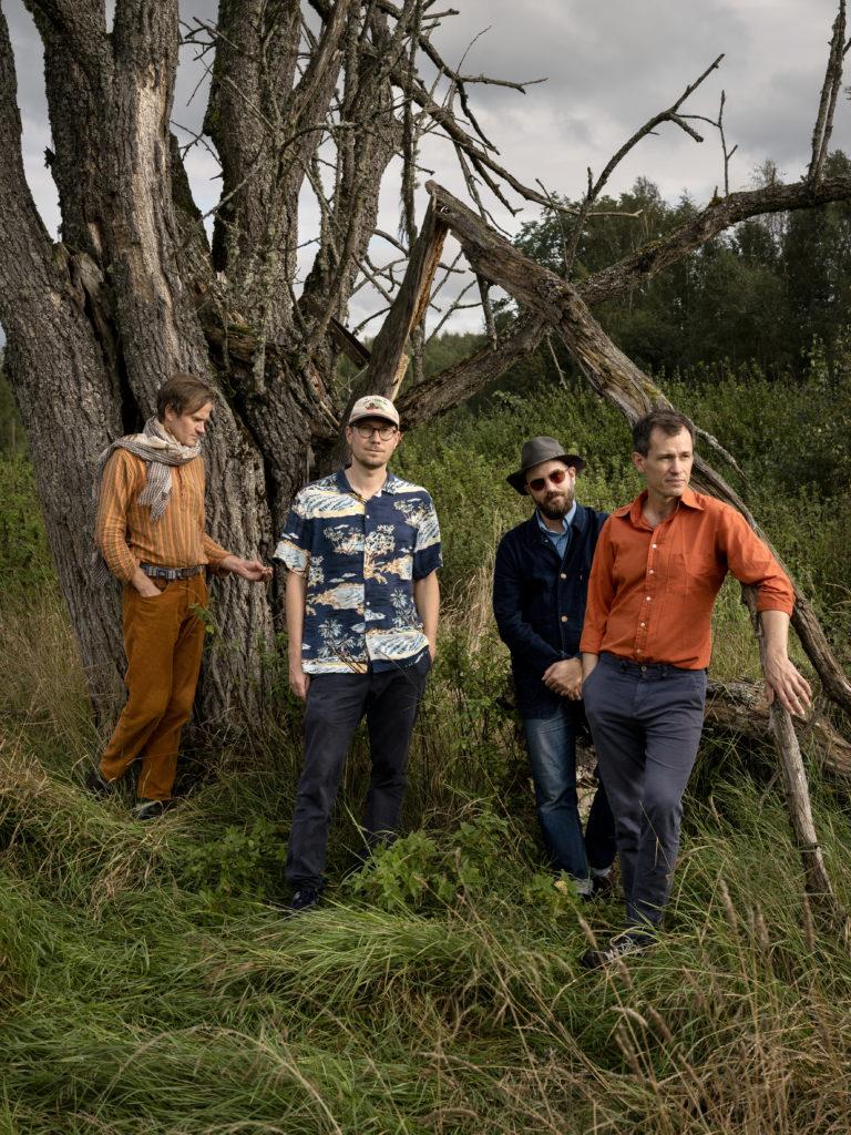 Gruppebilde som viser bandet